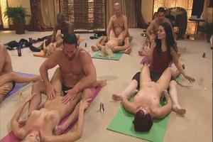 stijve penis aftrekken sexdate arnhem